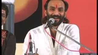 Sairam Dave || College no Prem || A beautiful Message || Moraribapu Ramkatha Umreth 2012