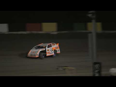 Kendall Kemp Regular Modified Win 8 25 2018 81 Speedway. - dirt track racing video image