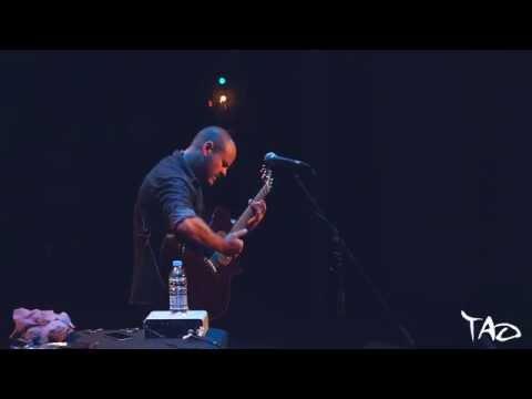 Andy McKee - Ebon Coast Live In Malta