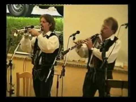 Die Mooskirchner Charly spielt auf live