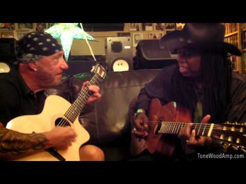 Larry Mitchell and Mike Gallaher live demo with the ToneWoodAmp