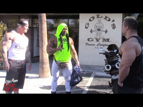 "A TRIP TO GOLDS VENICE - PAULO ""THE FREAK"" ALMEIDA  - RICH PIANA"