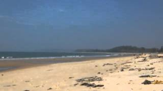 clear sea water @ redi lagoon beach , near shiroda , maharashtra , india . goa