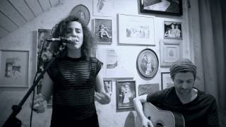 Paris - The Chainsmokers - Cover by Amandine