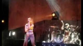 Paramore - Fences (LIVE)