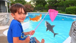 Zack Pretend Play Catching A Toy Shark with Mom