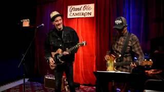 "Kevin Breit and Ian De Sousa ""You Humble Me"" - video Richard Sugarman"