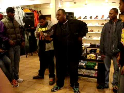 Goliath sneaker party in harlem ( fat boy got dope moves )