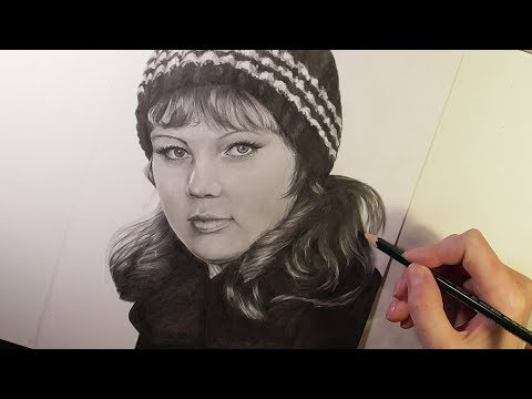 drawing-a-portrait-with-graphite-pencils