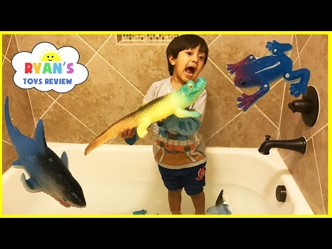 GIANT GROWING CROCODILE TOYS FOR KIDS in bathtub! Toys experiment grow Shark and Frog