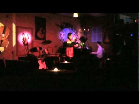Xuân Ca & Điệp Khúc Mùa Xuân (Đón Giao Thừa Xuân Tân Mão) - Song Ngân