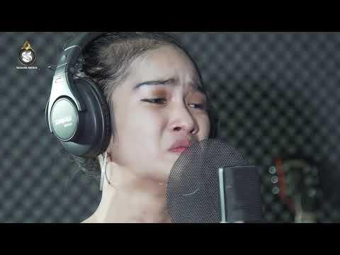 មាននឹកអូនទេបង - ញ៉ ដានីត, Mean Nek Bong Te Oun - Nhor Danith - Acoustic Cover - Rith Pros Pov