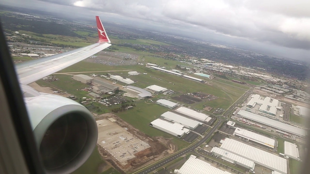 Download Qantas Boeing 737 Takeoff - Melbourne (QF 438)