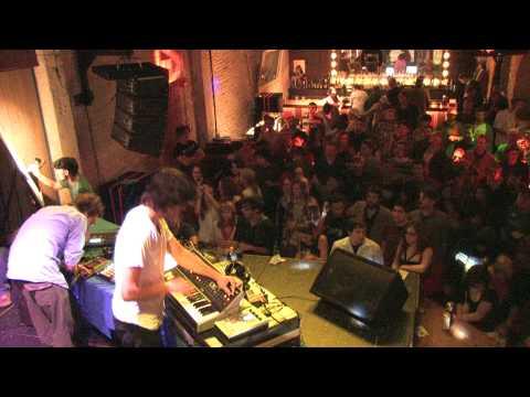 PREFUSE 73 Live in HD
