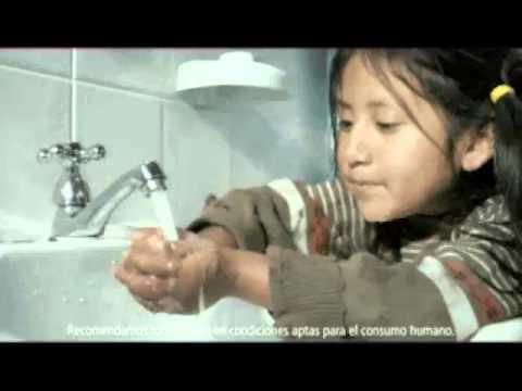 Comercial tv dia mundial ahorro del agua de colgate for Ahorro de agua