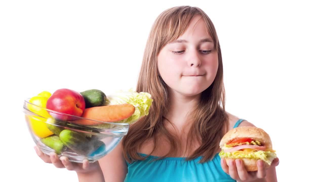 cual es la alimentacion correcta en la adolescencia