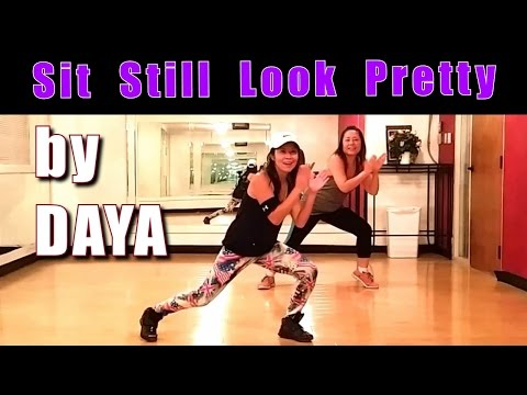 Sit Still Look Pretty / DAYA - Let's Dance With Cat