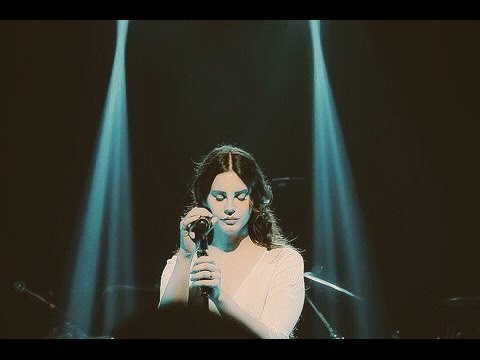 Lana Del Rey - Love ( Live performance at SXSW for the first time) 2017 مترجمة