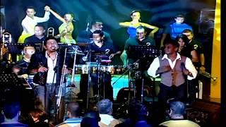 Alberto Barros & Arnold Moreno - De Punta a Punta  (en vivo) HD  Álvaro Torres