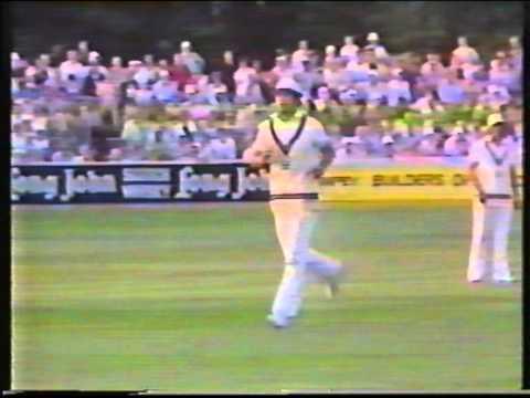 Cricket : Essex v Middlesex - John Player League 1981