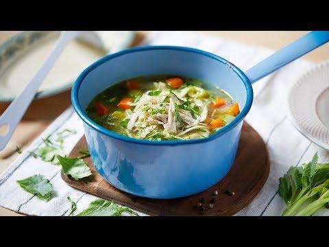 recette-de-soupe-aux-morceaux-de-légumes-et-bouillon-de-cube-jardin-bio