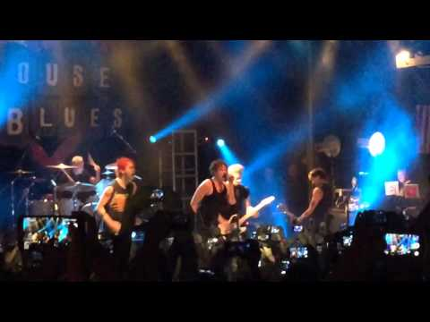 PIZZA (live) - 5 seconds of summer