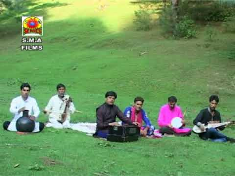 SINGER. TARIQ BHAT ( PALHALLAN )
