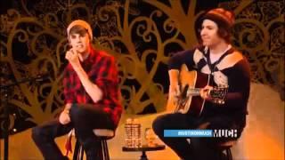 Austin Mahone Vs Justin Bieber Singing Baby