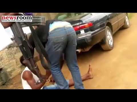 Watch Viral Video Showing SARS Operative Battering Unidentified Man BlackBox NIgeria BBN360