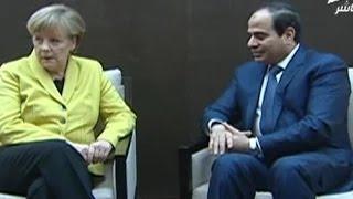 رئيسة وزراء ألمانيا  تتجاهل السيسي وترفض النظر إليه أثناء حديثه لها في دافوس