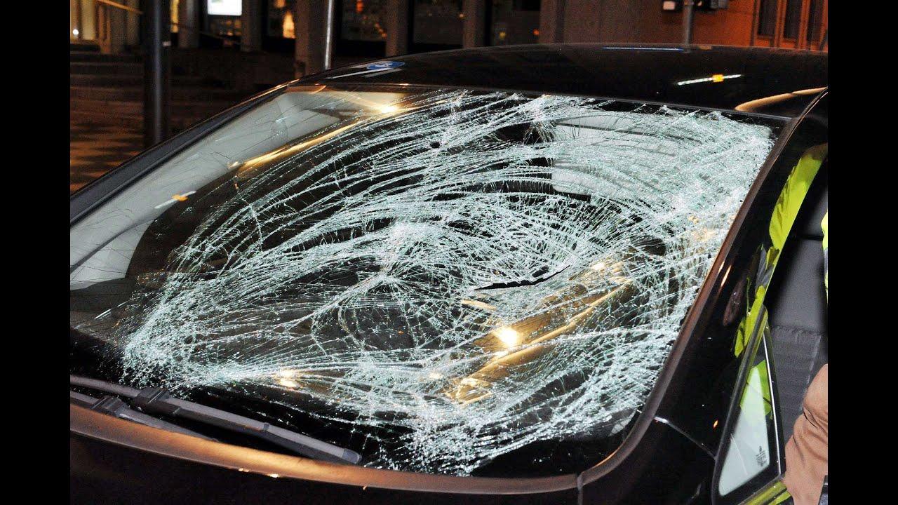 Autounfall am Scheidemannplatz: Fußgänger lebensgefährlich verletzt ...