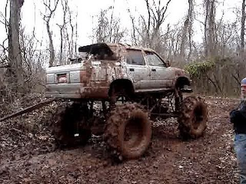 GIANT TOYOTA MUD TRUCK on TRACTOR TIRES PULLS STUCK BIG ...
