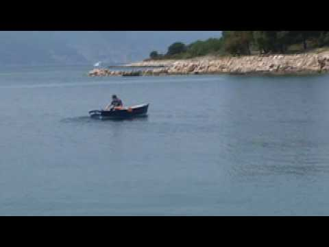 Bateau FL12 boat first sea trial