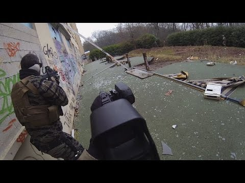 "(Airsoft game) 25/01/14 part 1 ; ""The Hostel"" ; Wild Trigger ; GoPro Hero3 Black Edition"