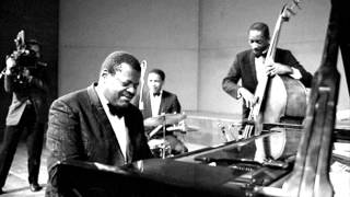 The Lamp Is Low (M. Ravel -De Rose) - Oscar Peterson Trio