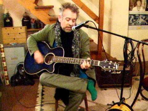 Wonderful Christmastime - Paul McCartney - Acoustic Cover - Danny McEvoy