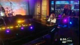 Regina Spektor - Fidelity (on Good Morning America)