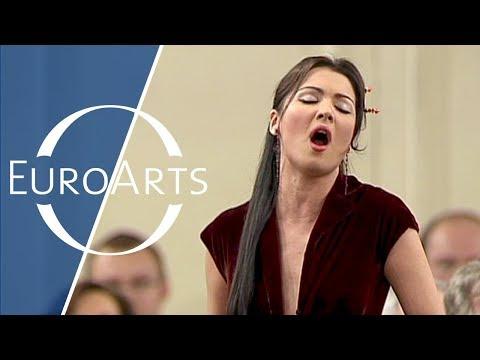Donizetti - Lucia's cavatina from Lucia di Lammermoor (Anna Netrebko, Yuri Temirkanov)