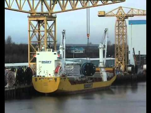 BigLift Vessel Tracer on the River Tyne 5th February 2013