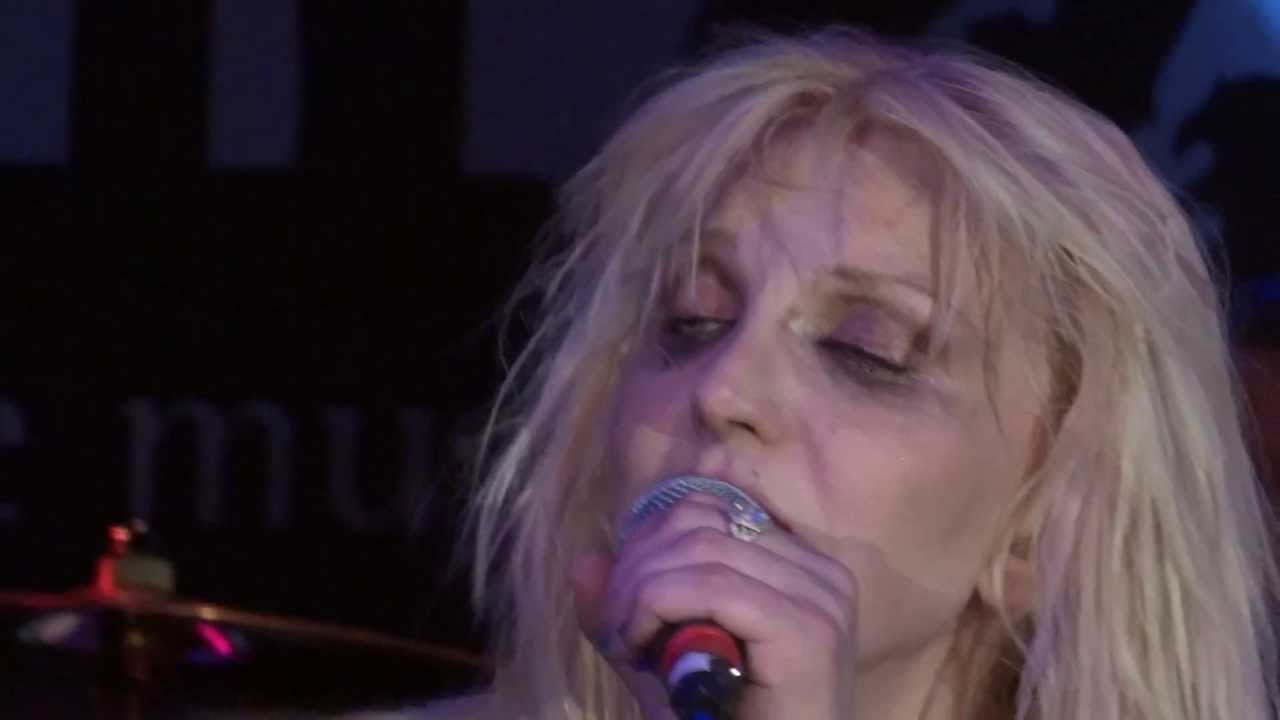 Courtney Love Letter To God Live In Agoura Hills At The Canyon July 26 2013