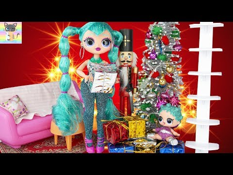 OMG Winter Disco Cosmic Nova & Cosmic Queen Christmas Movie - Barbie Sisters Visits to Open Presents