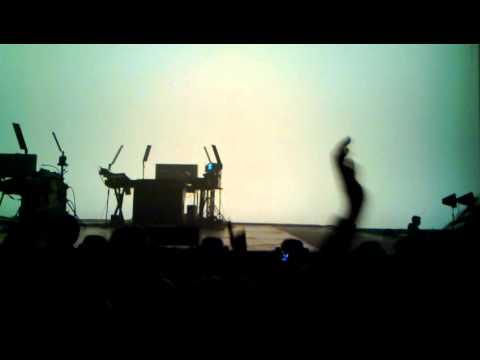 Jean Michel Jarre - Encore Audience - Live Rotterdam Ahoy 27-11-2010