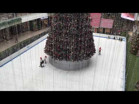 COLOMBIA EPISODE 7: Follow-up From Christmas Lights & Ice Skating in Santa Fe Mall