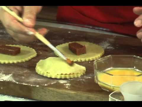 Empanadas dulces seccion reposteria de tita youtube - Como hacer membrillo casero ...