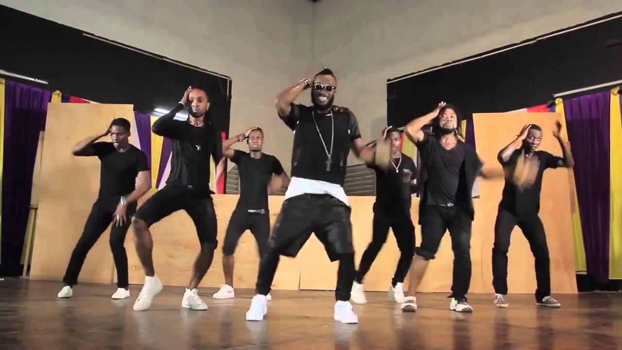 Arafat Dj met sa menace à exécution...Découvrez ses nouveaux danseurs!
