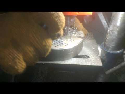 №9 Гранулятор комбикорма отАдоЯ Процесс сверления отверстий №9 Feed pelleting from AtoZ Drilling смотреть онлайн