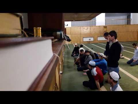 Таравих намаз в центральной мечети.