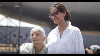 """""""My Daughter Was Prettier!"""" – Neerja Bhanot's Mother Tells Sonam Kapoor"""