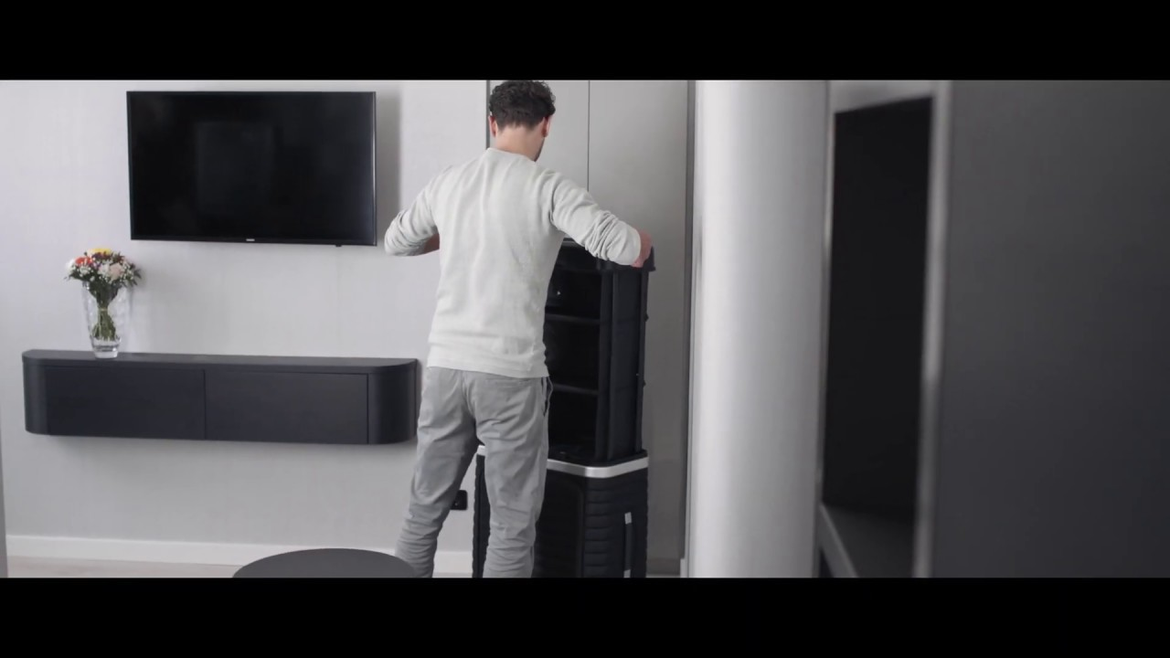 Der Pull Up Suitcase - der mobile Kleiderschrank