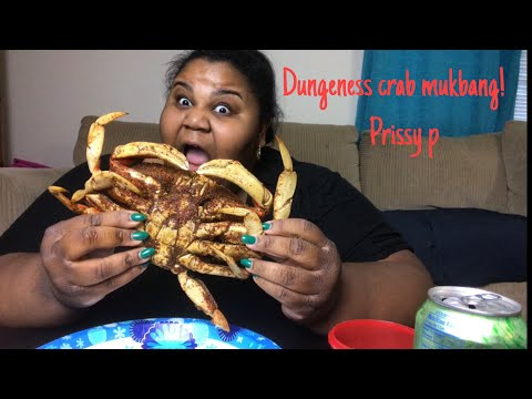 Seafood Mukbang! How to eat Dungeness crabs !